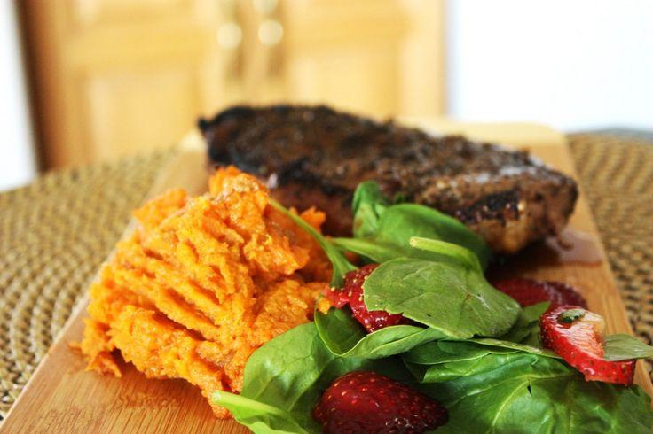 Coffee Rubbed Steak & Sweet Potatoes | bsinthekitchen.com #steak # ...