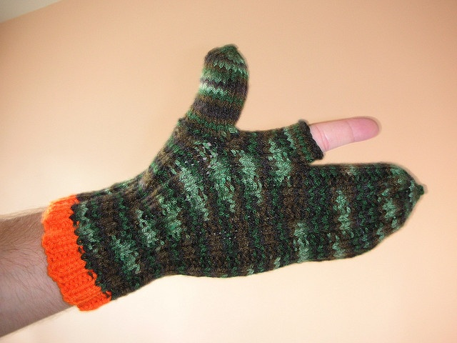 Knitting Pattern For Hunting Mittens : knit hunting gloves DIY and Crafts Pinterest