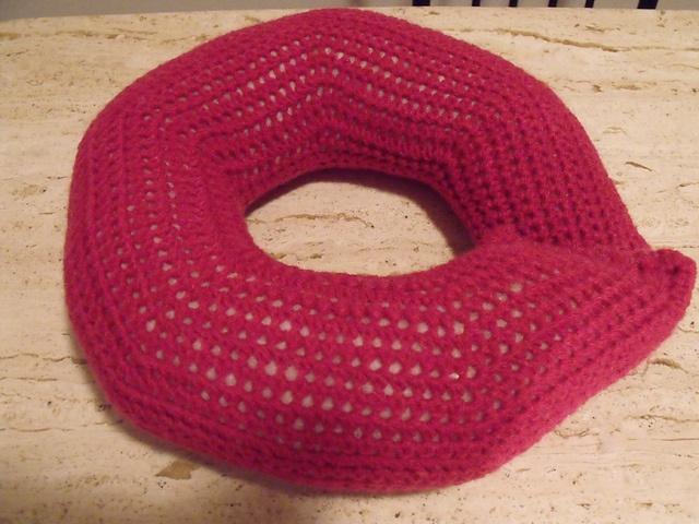 Crochet Pattern Neck Pillow : Neck pillow pattern by Priscilla Hewitt