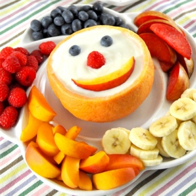 Yogurt dip with fruit | Party Food | Pinterest