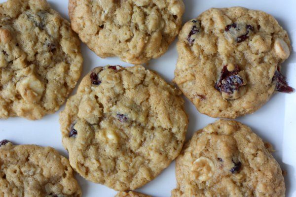 White Chocolate & Cranberry Oatmeal Cookies | Recipe