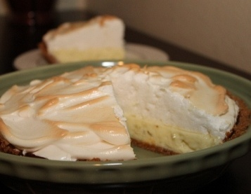 Key Lime Pie with a meringue topping | Baking | Pinterest