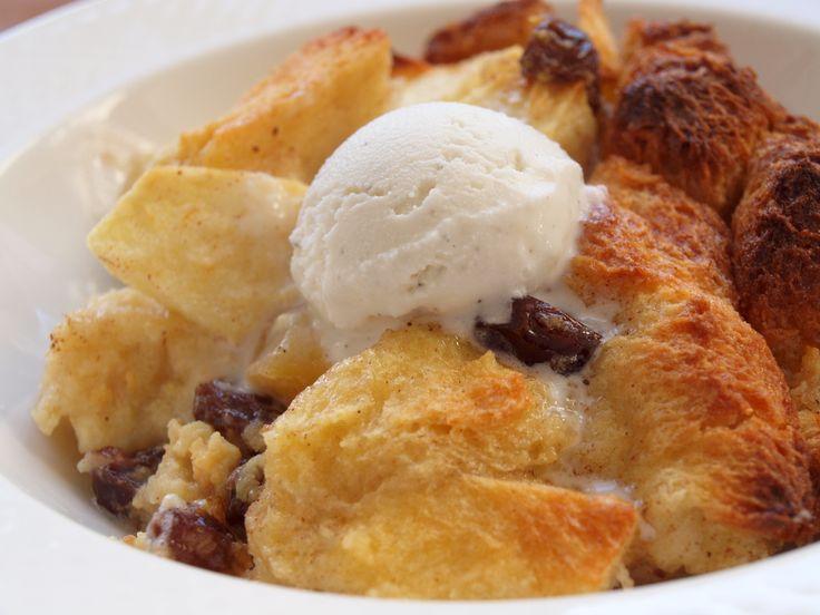 Apple Rum Raisin Bread Pudding | Bread Pudding | Pinterest