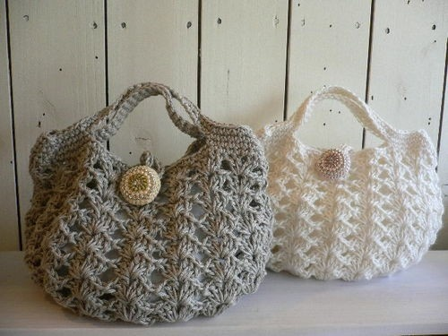 crochet small purses. I wonder if I could make them bigger, bc, like ...