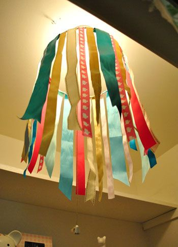 Cute ribbon chandalier!