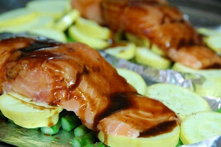Salmon, Squash, and Asparagus Packets. 273 cals for one packet