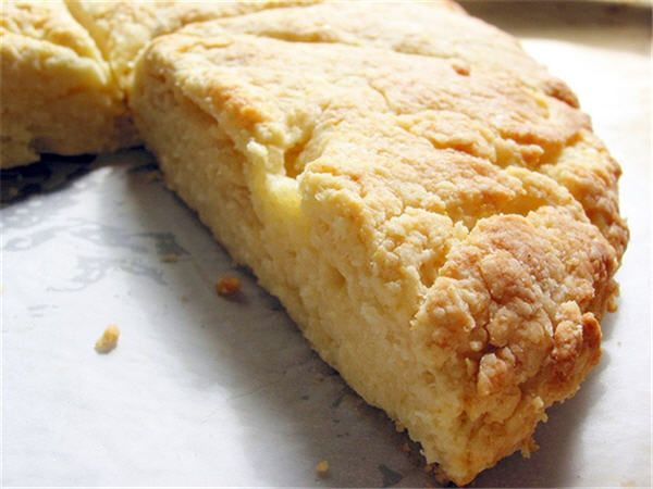 Recipe of the Week: Buttermilk Scones | Bee & Thistle Inn And Lounge