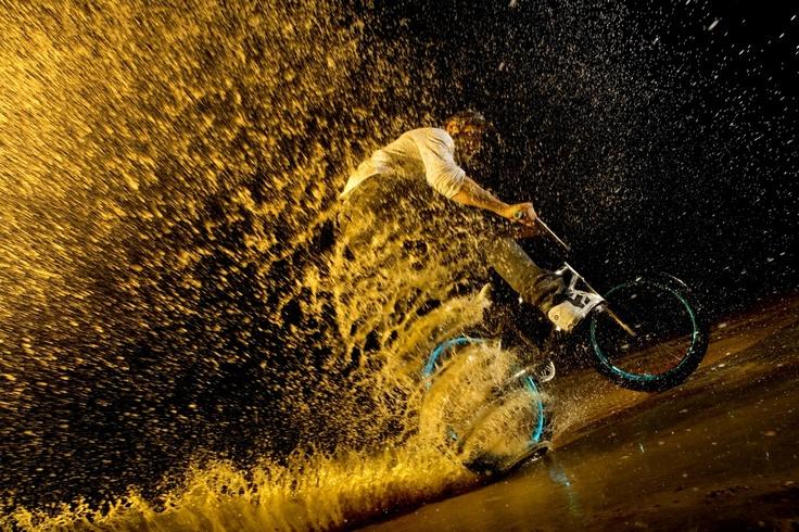 Photographer: Rutger Pauw // Athlete: Mark Vos // Location: Rotterdam, Netherlands