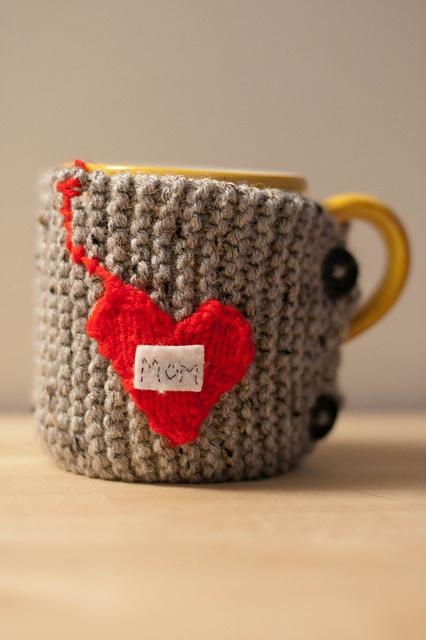 Free Knitted Mug Cozy Pattern : tea mug cozy. free pattern c r o c h e t Pinterest