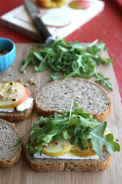 Grilled Cheese Sandwich Recipe with Brie, Pear & Hazelnuts by @Cookin ...