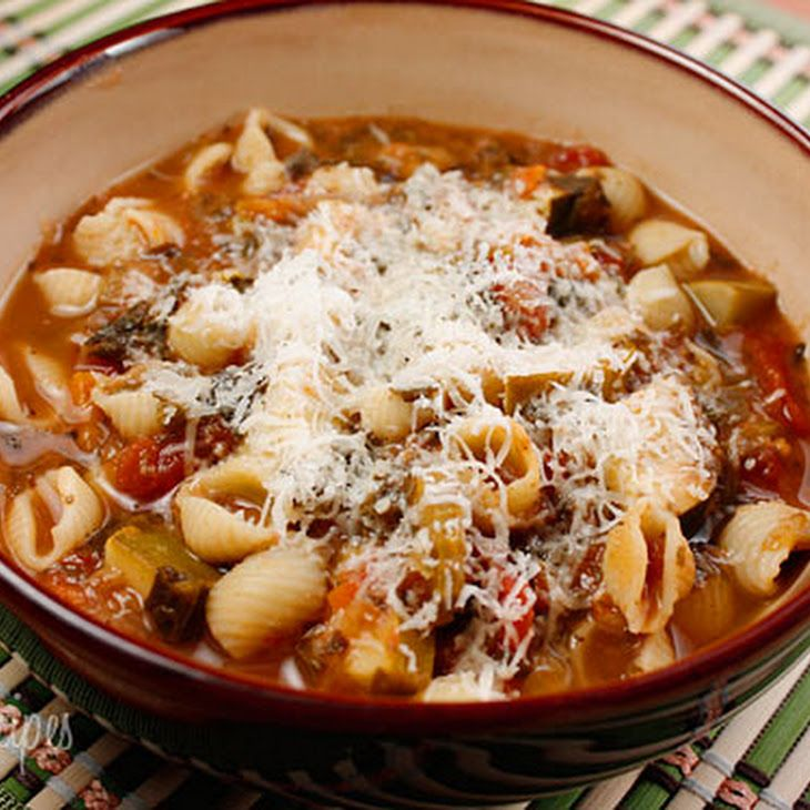 crock pot minestrone soup. this looks so good and easy!