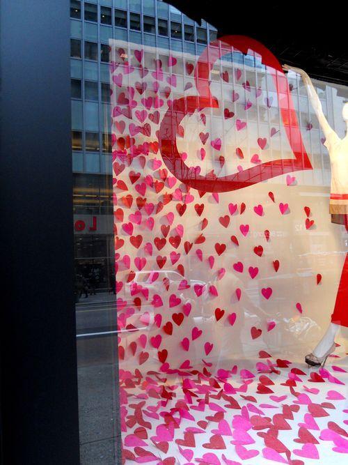 window displays for valentine's day