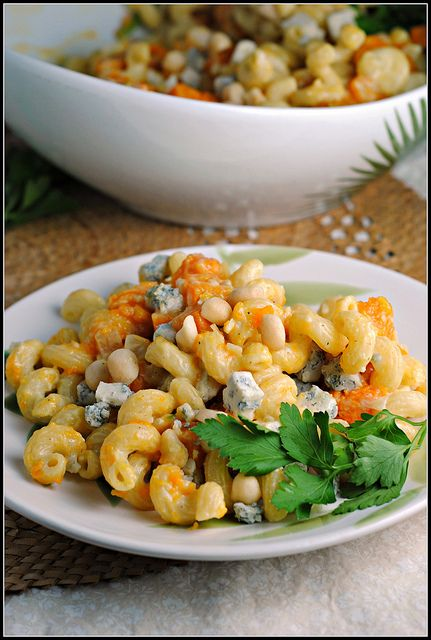 butternut blue cheese walnut cavatappi | Noms | Pinterest