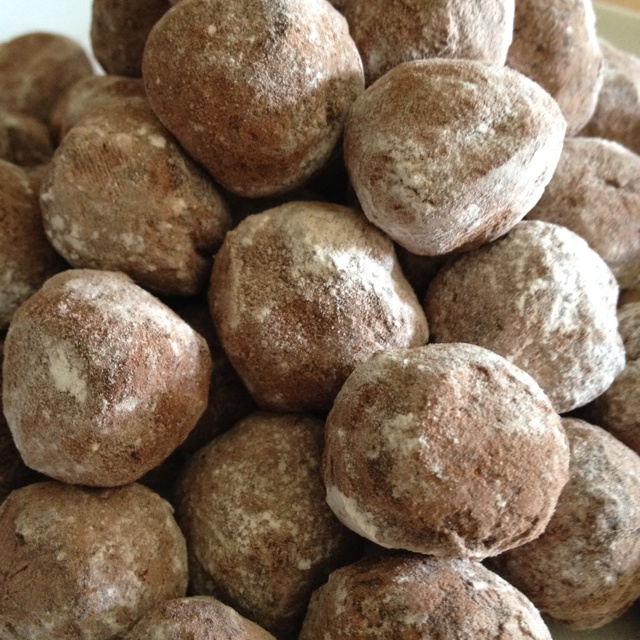 Homemade chocolate truffles | look again stuff | Pinterest