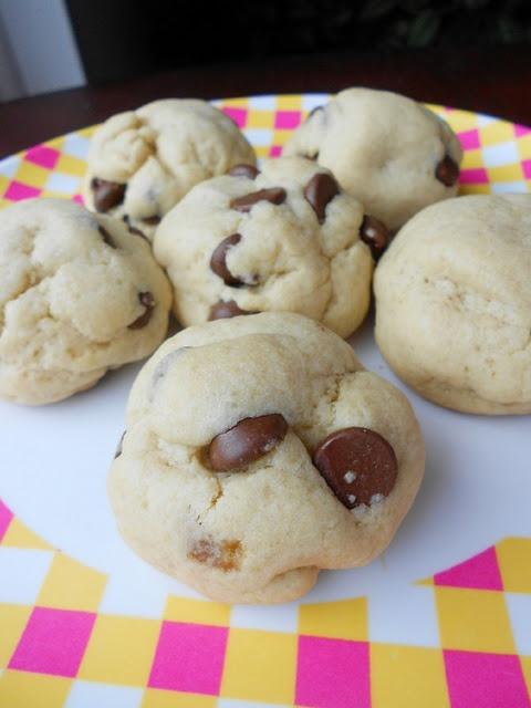 Chocolate Chip Cookie Dough Balls | Sweet Treats | Pinterest