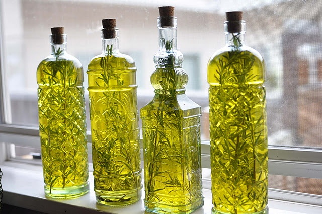 Homemade Rosemary Infused Olive Oil. | Food | Pinterest