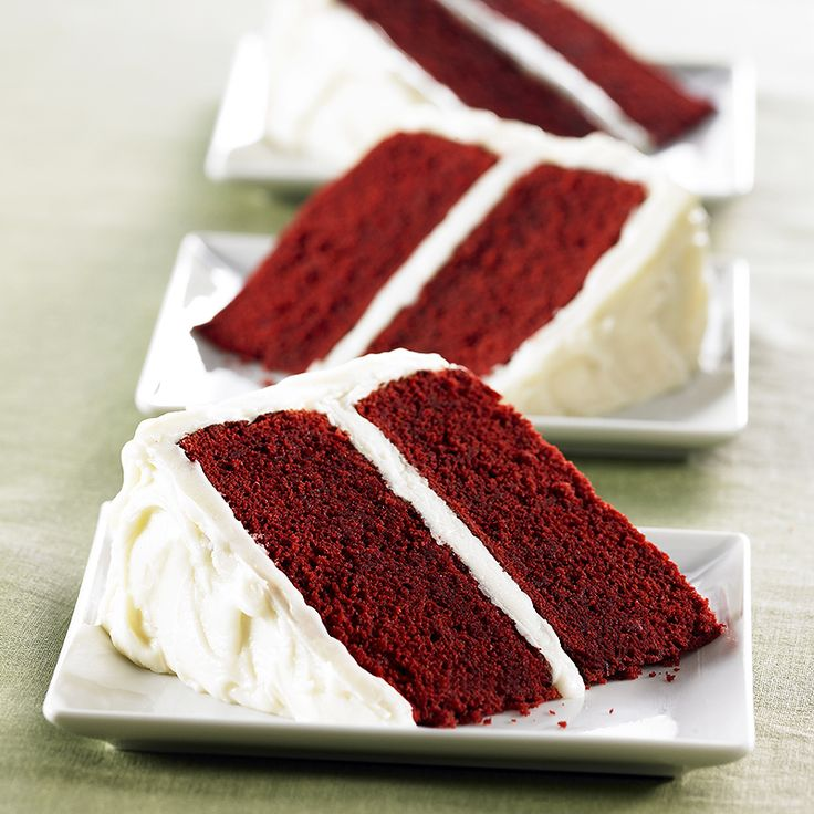 Red Velvet Cake with Vanilla Cream Cheese Frosting ~ This is the most ...