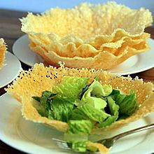 Easy Microwave Edible Cheese Bowls. Always a WOW!   Recipe at TheYummyLife.com