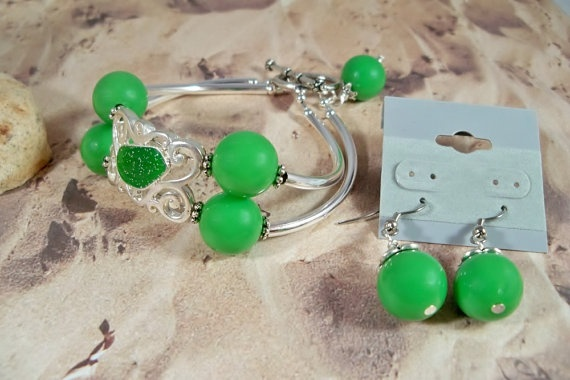 Green and Silver Jewelry Set Bracelet and Earrings by babbleon, $15.00