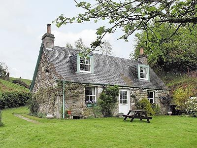 Country Cottage In Scotland Cottage Living Pinterest