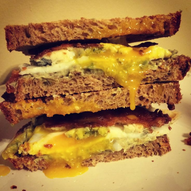... Fried Egg, Bacon, and Blue Cheese Sandwich #littlecookinthebigcity