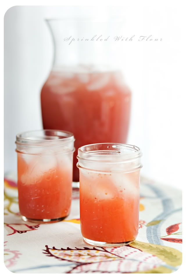 Iced Strawberry Green Tea | Cocktails & Drinks | Pinterest