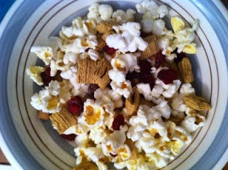 Popcorn trail mix | Appetizers | Pinterest