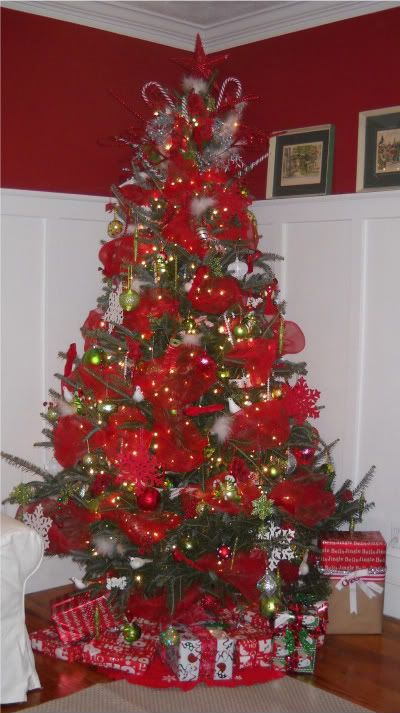 How To Decorate Christmas Tree With Poly Mesh Ribbon : Pin by cheri rick morton on it s beginning to look a lot