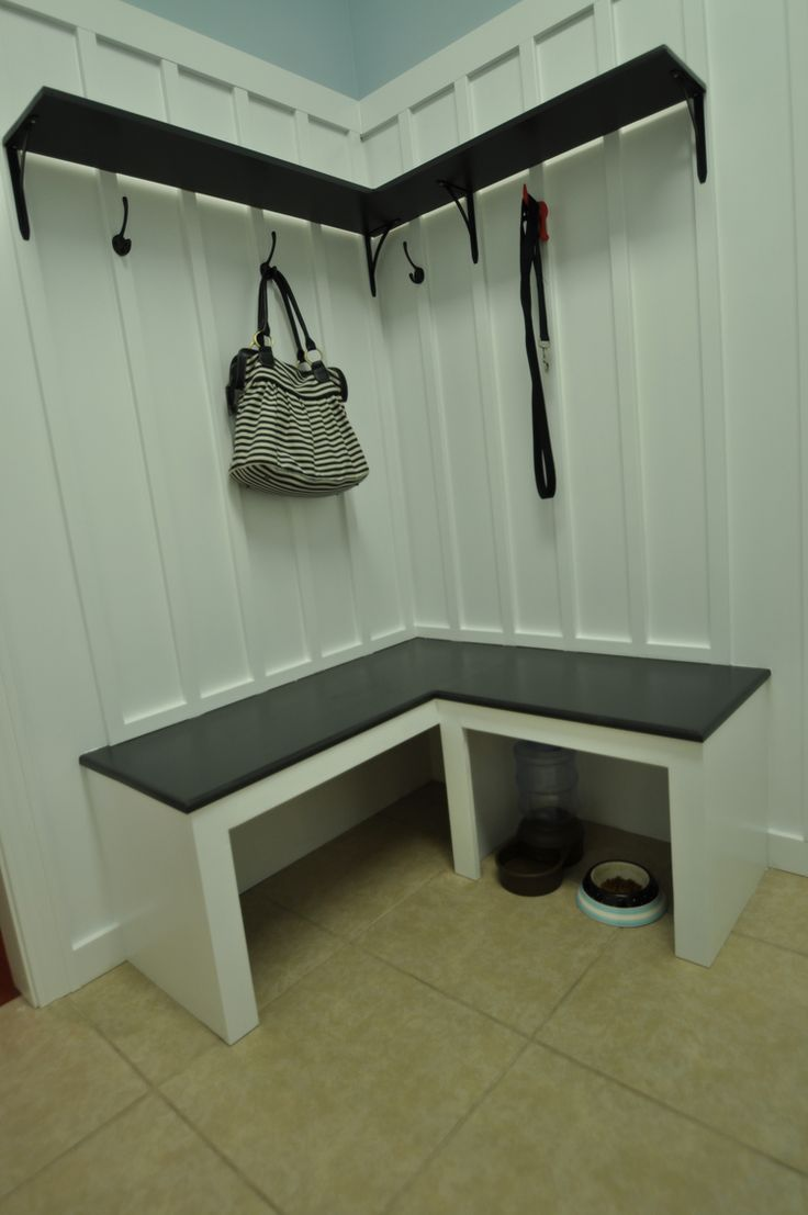 mudroom bench tutorial great for those corner spaces creative ideas and diy pinterest