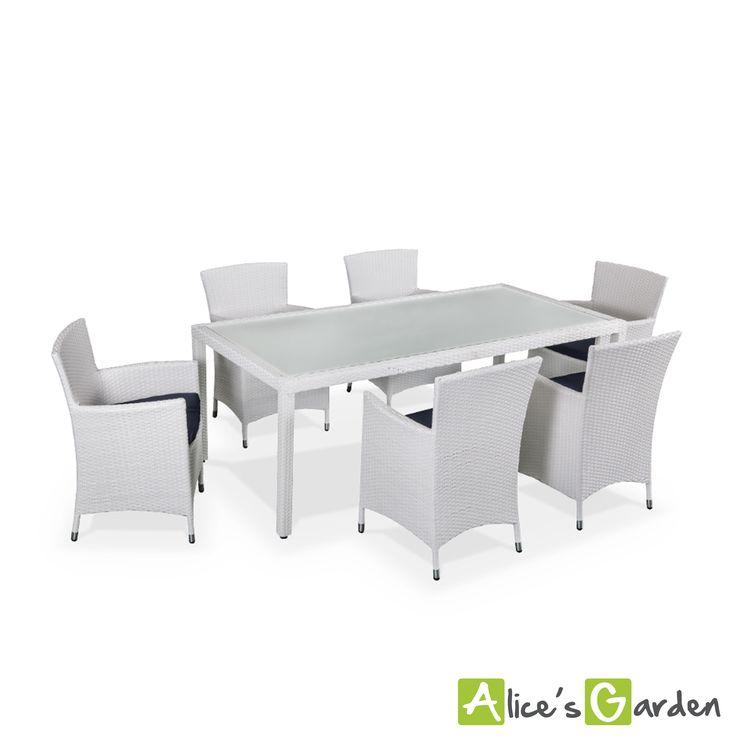 Petite table de jardin resine tressee des for Petite table de jardin en resine tressee