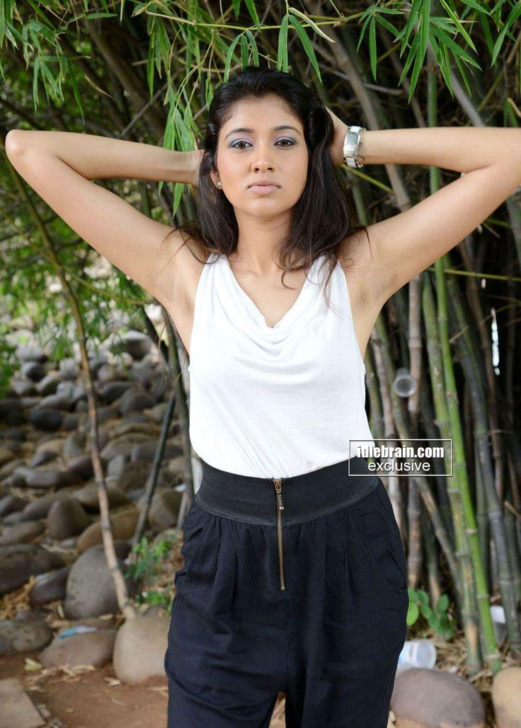 Armpit Actress Photo: Akhila Sasidharan Armpit Sexy Actress