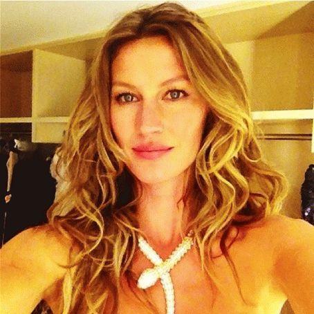 celebrity selfies on instagram | bellaMUMMA
