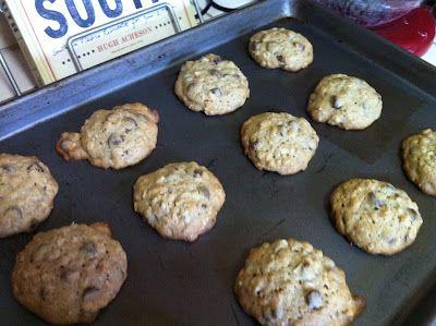 banana-walnut chocolate chip cookies   nummy num nums   Pinterest