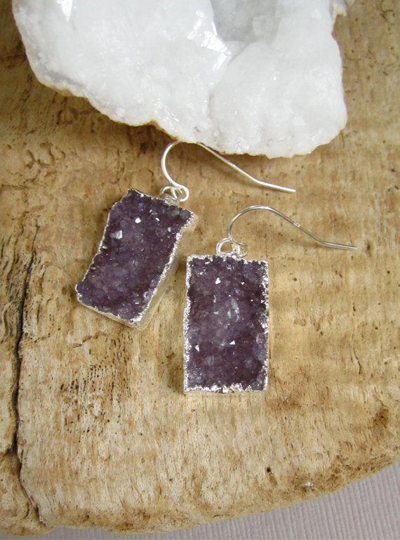 Etiquetas de plata púrpura amatista pendientes por julianneblumlo