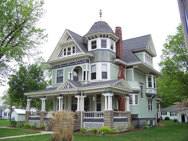 Barber House : William Twiss House, built in 1908 from the plans by George F. Barber ...