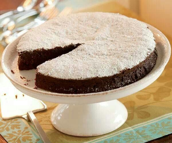 Bourbon chocolate cake | Recipes | Pinterest