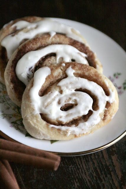 Cinnamon Roll Sugar Cookies | brownies, blondies, biscotti, bars & co ...