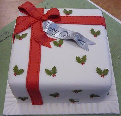 square Christmas holly berry cake Cake decorating ideas ...