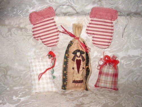 Old fashioned country christmas ornament assortment