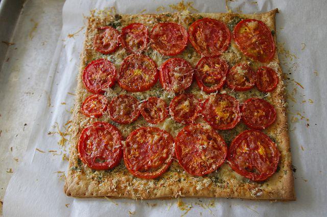 Three Cheese & Herb Tomato Tart. #recipes #foodporn #vegetarian