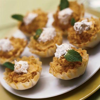 Mini Pumpkin Tarts | Fall Recipes | Pinterest