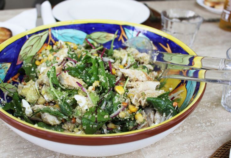 Quinoa Salad with Grilled Chicken and Corn