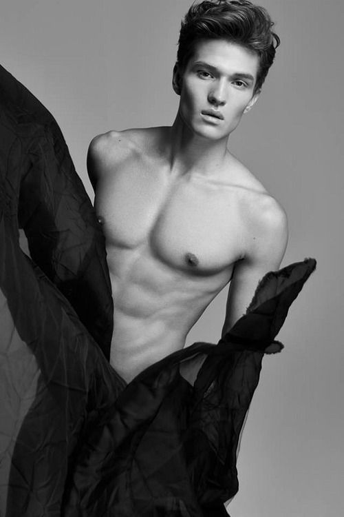 Nicholas Madrid | Black and White | Pinterest