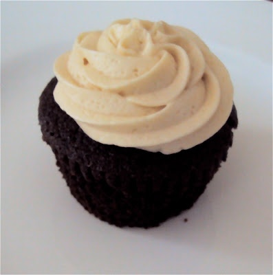 ... Bakes: Stout Cupcakes, Irish Cream Ganache Filling, Irish Cream Icing