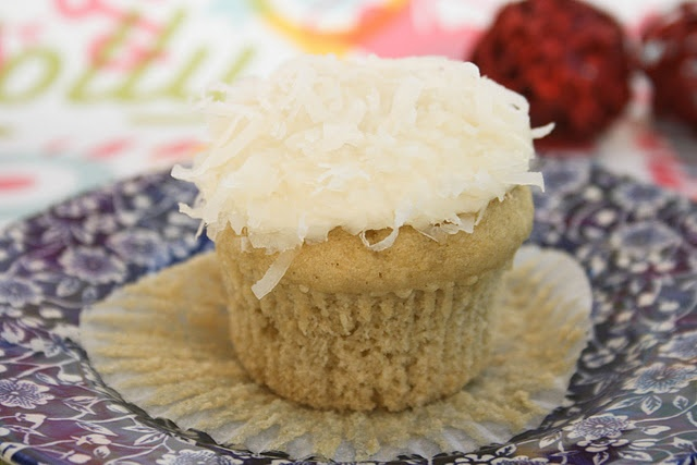 Coconut Snowball Cupcakes -- look amazing, even for GF