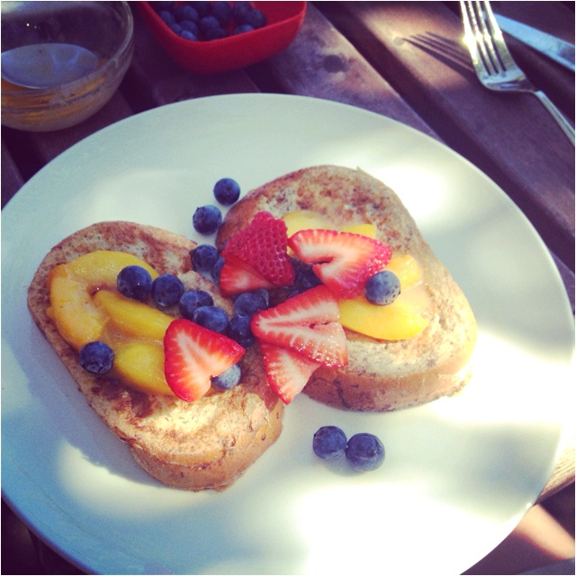 French toast with strawberries, blueberries and butter and brown sugar ...