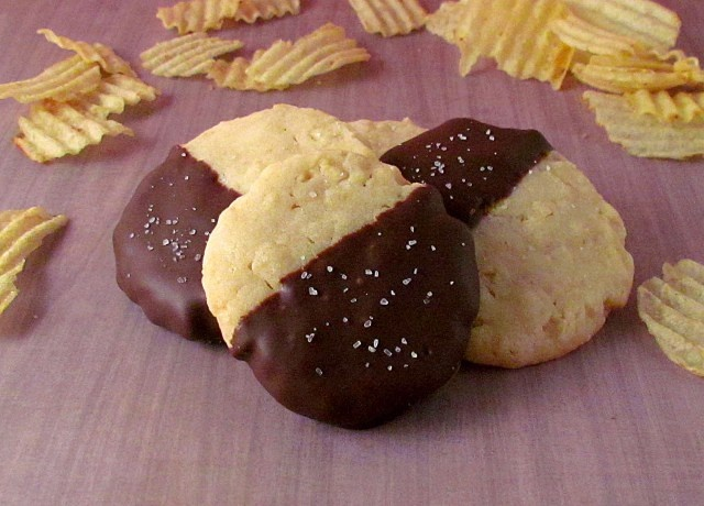 Chocolate Covered Potato Chip Cookies | Noms | Pinterest