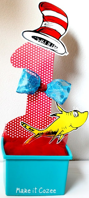 Dr. Suess Birthday Party    Super easy and inexpensive centerpiece
