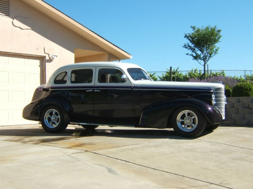 1938 oldsmobile sedan with suicide doors oldsmobile for 1938 oldsmobile 2 door sedan