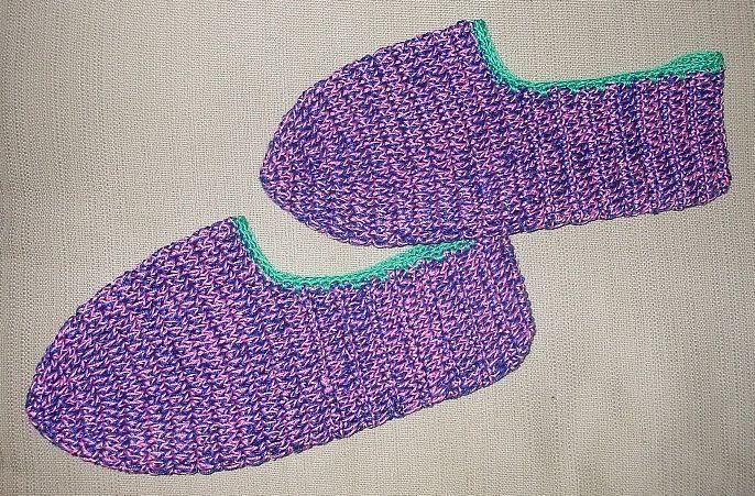 Free Printable Crochet Slipper Patterns : Pin by Jennifer Clark on Crocheting Pinterest